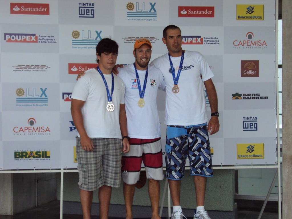 Representante do 2º lugar, 1º lugar - José Marcos e 3º lugar - José Antônio.