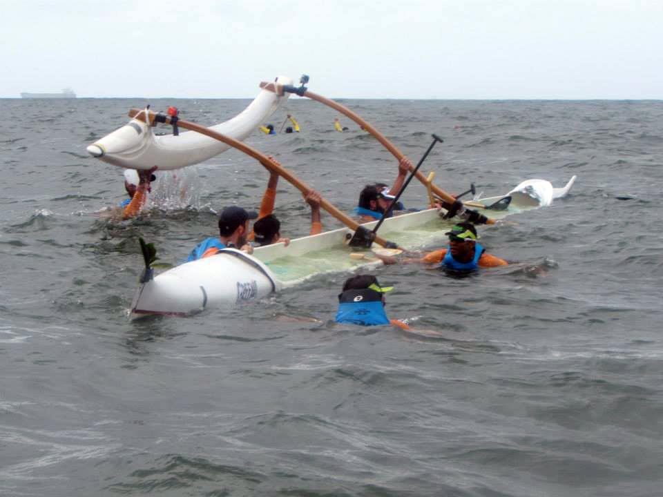 canoa-virada