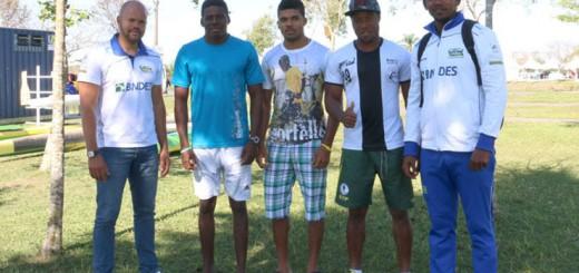 Canoístas africanos entram para a história com técnico brasileiro